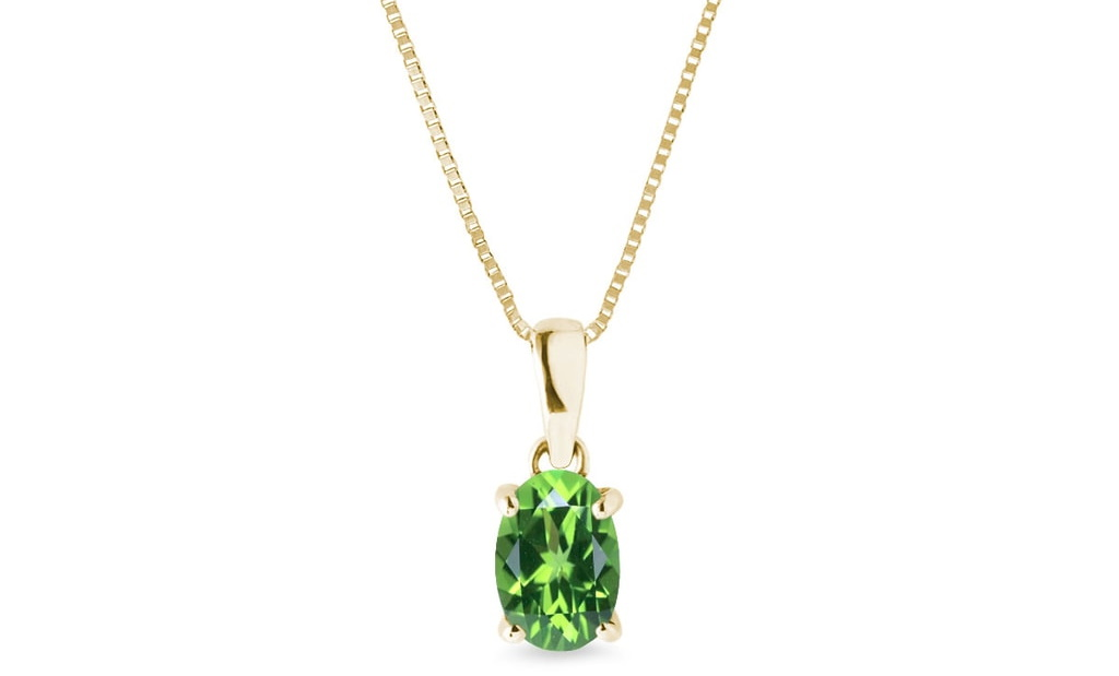 A Perfect Guide On Tsavorite – Green Garnet Stone