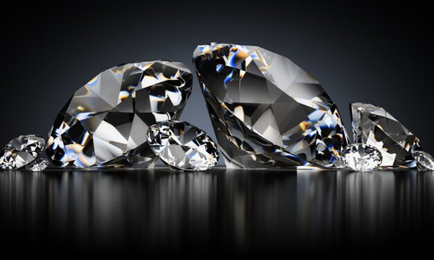 Zircon vs Diamond. How do They Differ?