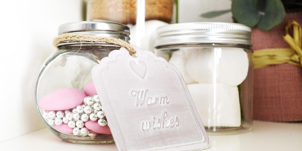 Wedding wishes: what to write on your wedding card