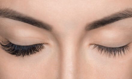 All the accesories you need for lash extensions