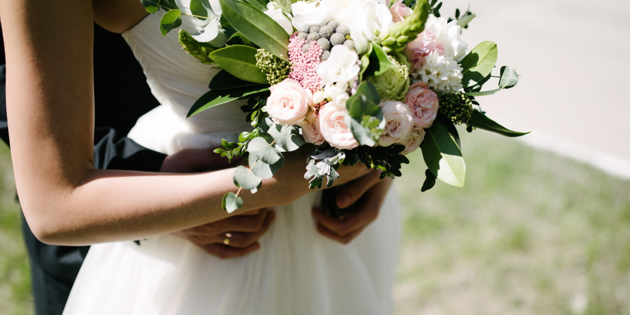 Wedding flowers: everything you need to know